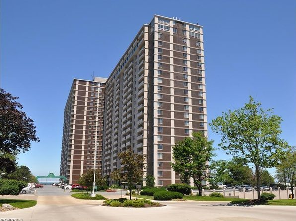 1 bed 1 bath Condo at 12900 Lake Ave 1711 Lakewood, OH, 44107 is for sale at 115k - google static map