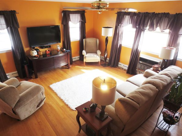 4 bed 2 bath Single Family at 721 Belvidere Rd Phillipsburg, NJ, 08865 is for sale at 210k - 1 of 23