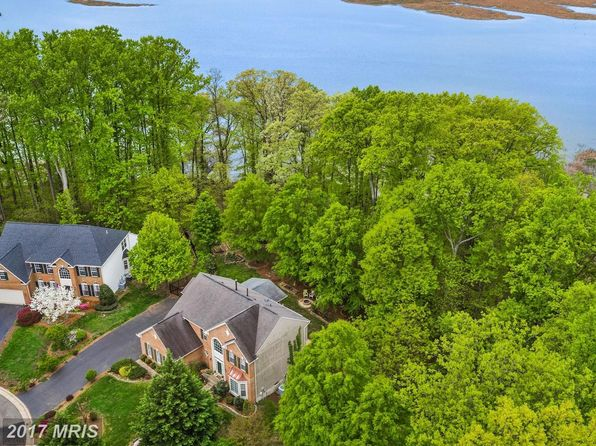 5 bed 4 bath Single Family at 15590 Canvasback Ct Woodbridge, VA, 22191 is for sale at 645k - 1 of 30
