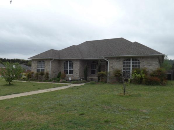 3 bed 2 bath Single Family at 23 ANGELFISH AVE RUSSELLVILLE, AR, 72802 is for sale at 226k - 1 of 31