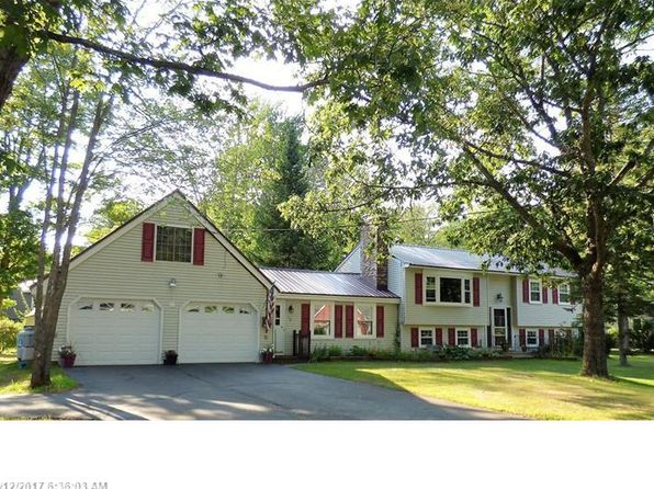 4 bed 4 bath Single Family at 10 Merrymeeting Dr Topsham, ME, 04086 is for sale at 270k - 1 of 35