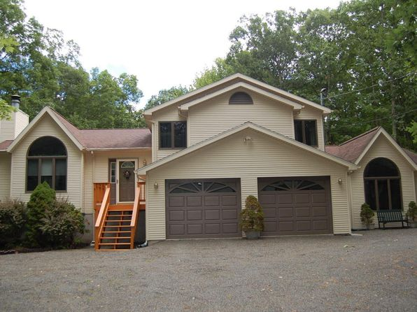 3 bed 3 bath Single Family at 227 Surrey Dr Lords Valley, PA, 18428 is for sale at 300k - 1 of 47