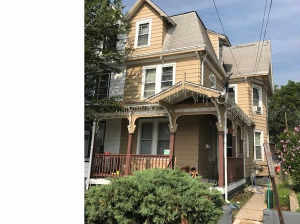 3 bed 1 bath Townhouse at 208 Walnut St Bridgeton, NJ, 08302 is for sale at 63k - 1 of 4