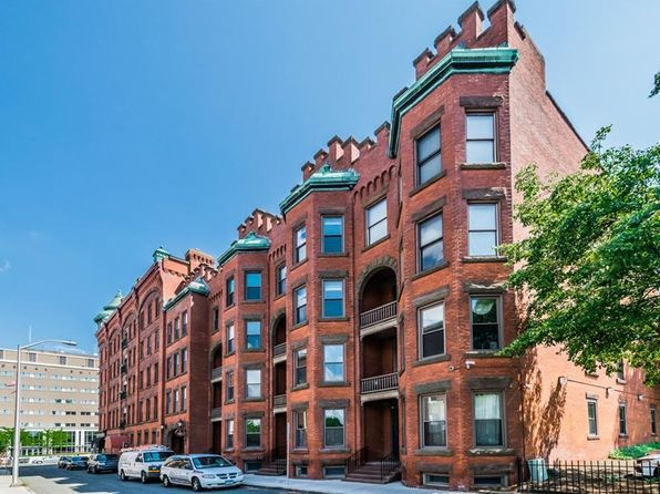 2 bed 2 bath Condo at 1 Linden Pl Hartford, CT, 06106 is for sale at 190k - 1 of 40