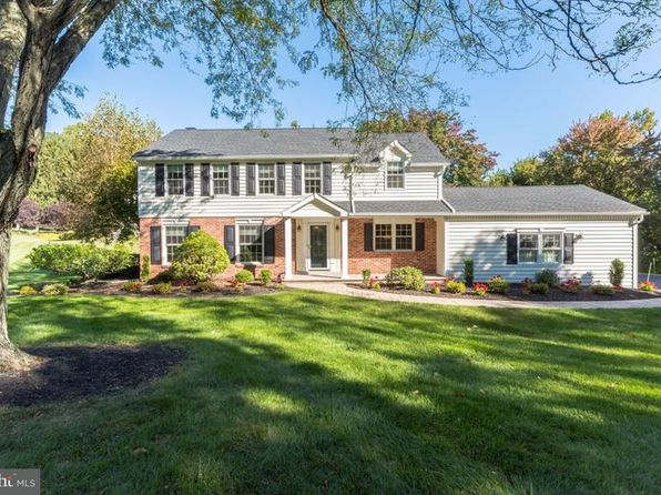 4 bed 3 bath Single Family at 401 Edgewood Dr Exton, PA, 19341 is for sale at 440k - 1 of 24