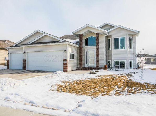 4 bed 3 bath Single Family at 6828 24th St S Fargo, ND, 58104 is for sale at 270k - 1 of 32