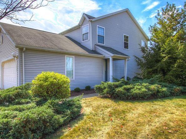 2 bed 3 bath Condo at 690 Crownwood Ct Streetsboro, OH, 44241 is for sale at 120k - 1 of 26