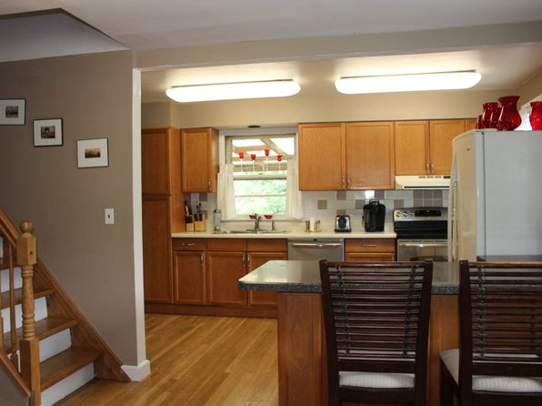 4 bed 3 bath Single Family at 141 Woodland Ave Pearl River, NY, 10965 is for sale at 450k - 1 of 6