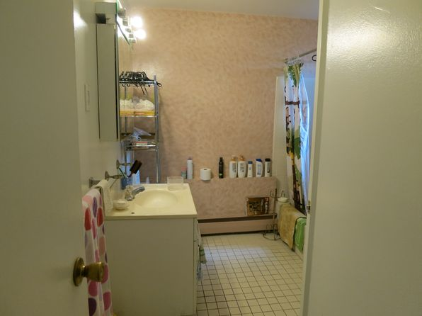 2 bed 1 bath Cooperative at 43 York Dr Edison, NJ, 08817 is for sale at 55k - 1 of 9