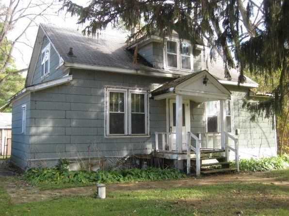 2 bed 1 bath Single Family at 34205 Greenwood St Wilmington, IL, 60481 is for sale at 40k - 1 of 5