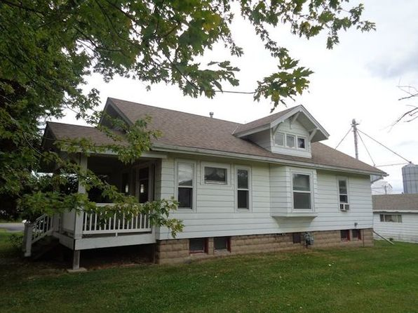 2 bed 1 bath Single Family at 101 N 2nd St Holcomb, IL, 61043 is for sale at 56k - 1 of 10