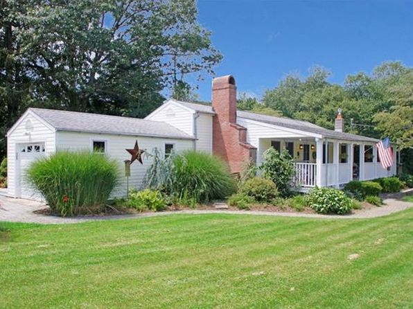 3 bed 2 bath Single Family at 5 Sycamore Ln Brookfield, CT, 06804 is for sale at 319k - 1 of 24