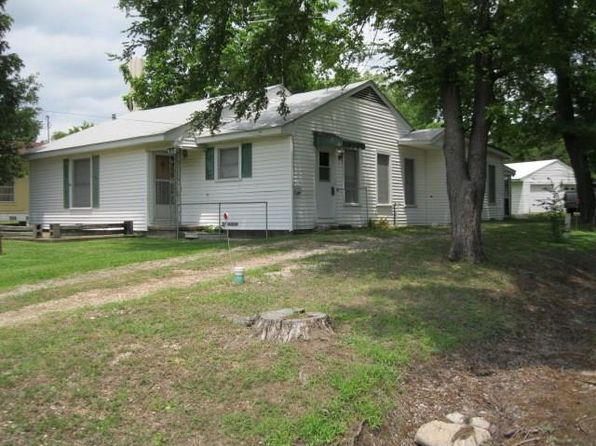 3 bed 2 bath Single Family at 315 BUSINESS BLUE RIDGE, TX, 75424 is for sale at 145k - 1 of 18