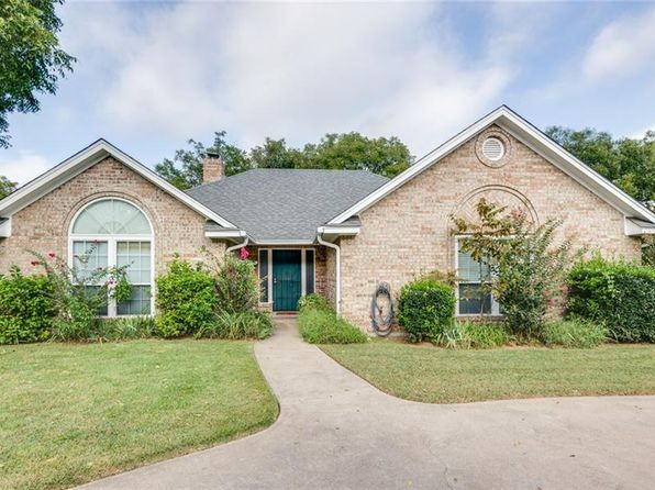 3 bed 2 bath Single Family at 6208 Prospect Hill Dr Granbury, TX, 76049 is for sale at 185k - 1 of 33