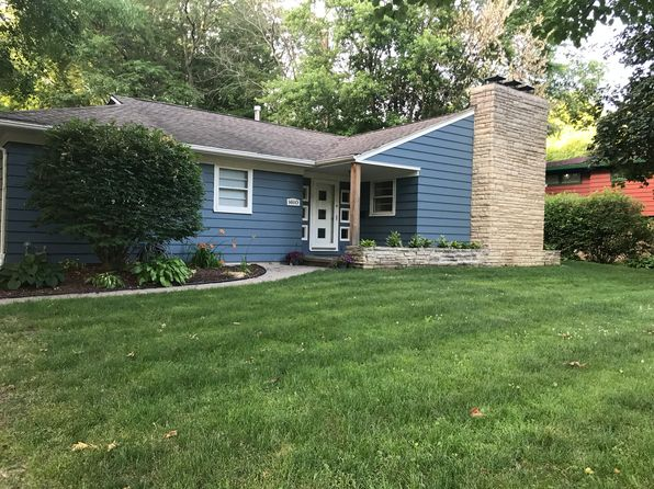 4 bed 2 bath Single Family at 1610 College Court Pl Iowa City, IA, 52245 is for sale at 284k - 1 of 18