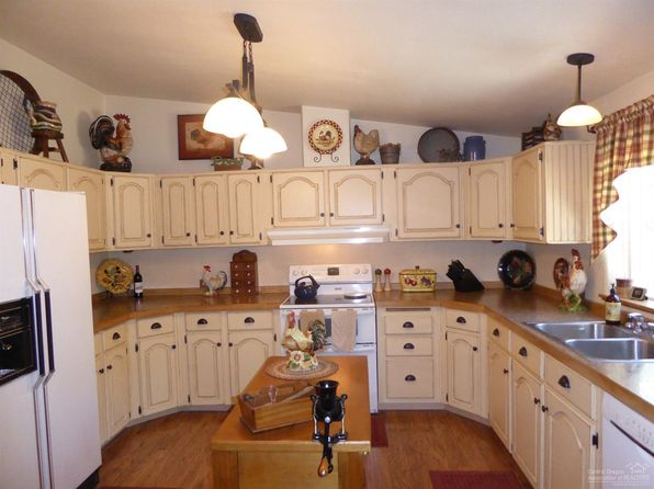 3 bed 2 bath Single Family at 15210 Ponderosa Loop La Pine, OR, 97739 is for sale at 249k - 1 of 25