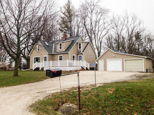3 bed 1.5 bath Single Family at W4498 State Road 28 Waldo, WI, 53093 is for sale at 200k - 1 of 14