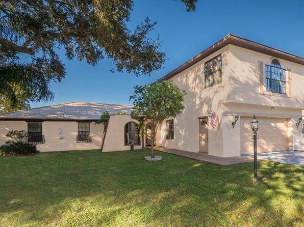 4 bed 3 bath Single Family at 780 Shore Dr Kissimmee, FL, 34744 is for sale at 399k - 1 of 25