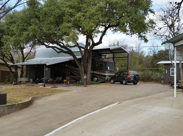 1 bed 1 bath Single Family at 718 Brazos Harbor Cir Granbury, TX, 76048 is for sale at 130k - 1 of 7