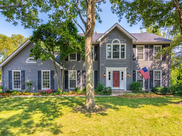 4 bed 3 bath Single Family at 947 W Bailey Rd Naperville, IL, 60565 is for sale at 495k - 1 of 35