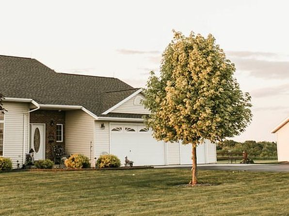 4 bed 4 bath Single Family at 12502 Highland Dr Marathon, WI, 54448 is for sale at 350k - 1 of 31