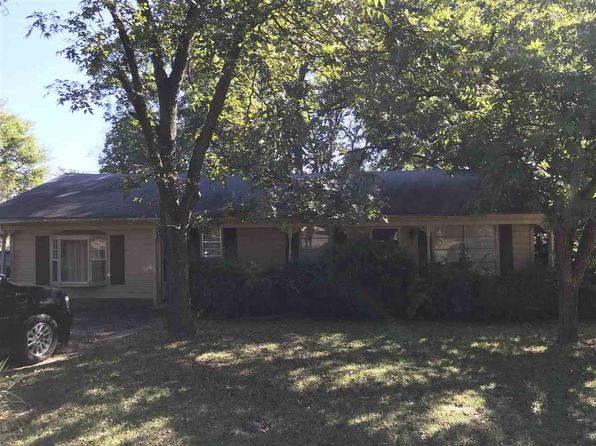 3 bed 2 bath Single Family at 202 S Lane Wells Dr Longview, TX, 75604 is for sale at 79k - 1 of 7