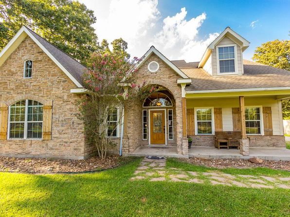 4 bed 3.5 bath Single Family at 26035 Pecan Grv Cleveland, TX, 77328 is for sale at 365k - 1 of 31
