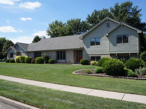 4 bed 4 bath Single Family at 645 Burr Oak Dr Tipp City, OH, 45371 is for sale at 329k - 1 of 35