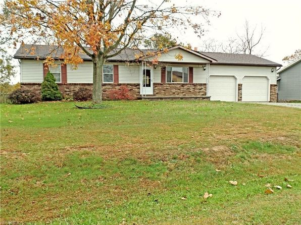 4 bed 1 bath Single Family at 247 Emmaus Rd Belpre, OH, 45714 is for sale at 150k - 1 of 35