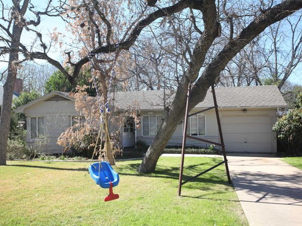 2 bed 1 bath Single Family at 2208 Meadowbrook Dr Austin, TX, 78703 is for sale at 760k - 1 of 12
