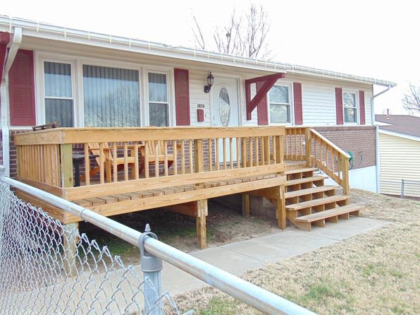 3 bed 2 bath Single Family at 1804 W 17th St Junction City, KS, 66441 is for sale at 140k - 1 of 24