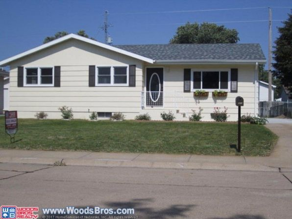 5 bed 2 bath Single Family at 2414 Vandergrift Ave Grand Island, NE, 68803 is for sale at 150k - 1 of 16