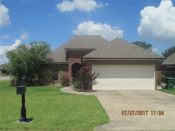 3 bed 3 bath Single Family at 5738 W Dietrich Loop Lake Charles, LA, 70605 is for sale at 250k - 1 of 16