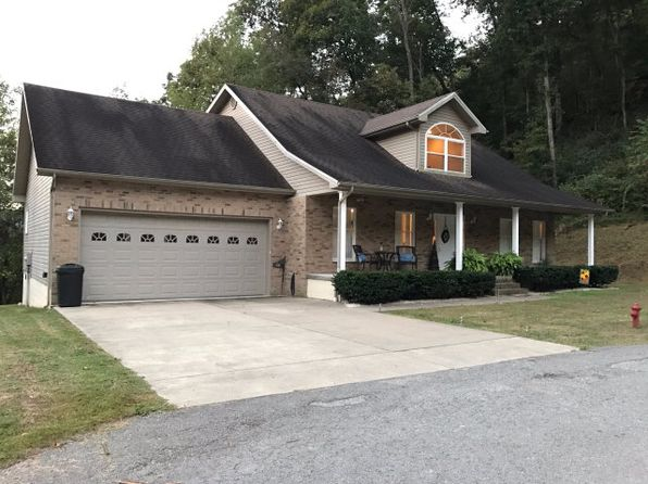 4 bed 3 bath Single Family at 68 James Dr Pikeville, KY, 41501 is for sale at 235k - 1 of 13
