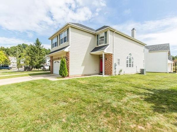 4 bed 3 bath Single Family at 41 Tall Oaks Ct Old Bridge, NJ, 08857 is for sale at 400k - 1 of 18