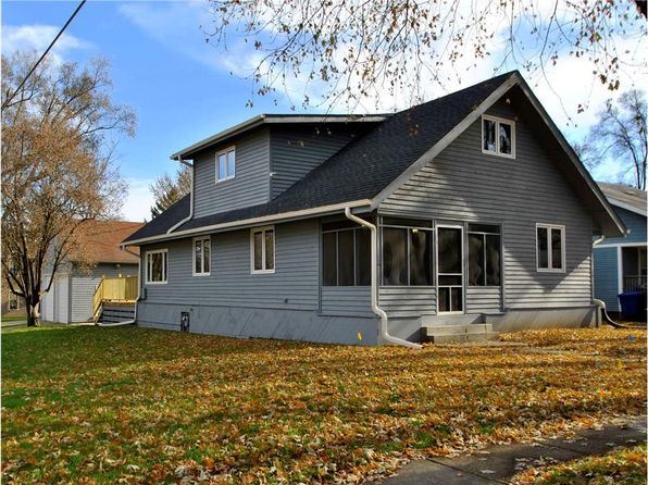 4 bed 4 bath Single Family at 951 40th St Des Moines, IA, 50312 is for sale at 239k - 1 of 16