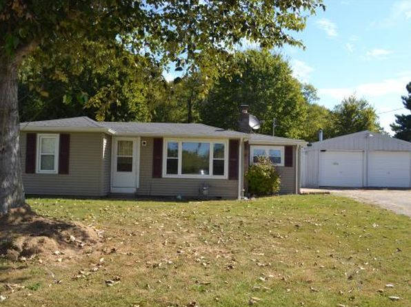 2 bed 1 bath Single Family at 8668 N State Road 101 Sunman, IN, 47041 is for sale at 110k - 1 of 13