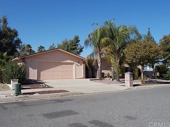 3 bed 2 bath Single Family at 2842 Blue Spruce Dr Hemet, CA, 92545 is for sale at 205k - 1 of 24