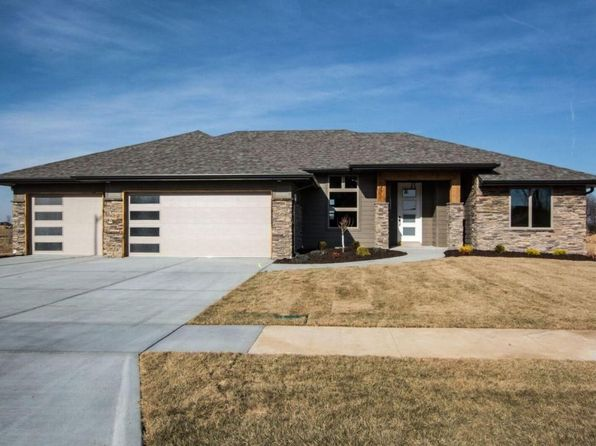 3 bed 2 bath Single Family at 939 E Thorndale Dr Nixa, MO, 65714 is for sale at 250k - 1 of 28