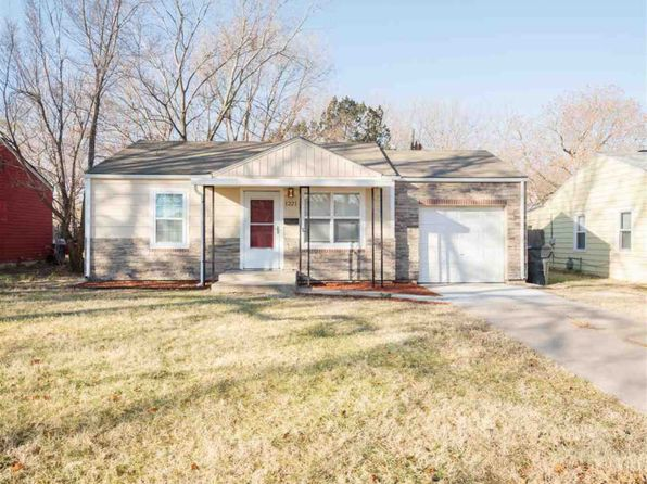 2 bed 1 bath Single Family at 1221 Waverly St Wichita, KS, 67218 is for sale at 80k - 1 of 29