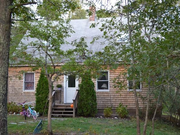 3 bed 2 bath Single Family at 54 Pond View Dr Oak Bluffs, MA, 02557 is for sale at 750k - 1 of 15