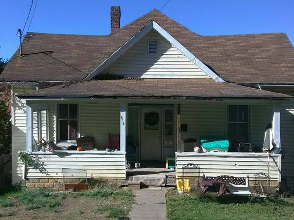 3 bed 1 bath Single Family at 816 Carolina Ave Bluefield, WV, 24701 is for sale at 30k - 1 of 2