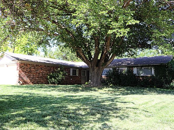 4 bed 2 bath Single Family at 1104 Holliday St Plainview, TX, 79072 is for sale at 150k - 1 of 20