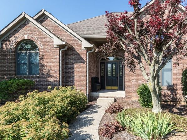 3 bed 2 bath Single Family at 9413 S Black Hawk Hills Dr Edinburgh, IN, 46124 is for sale at 370k - 1 of 46