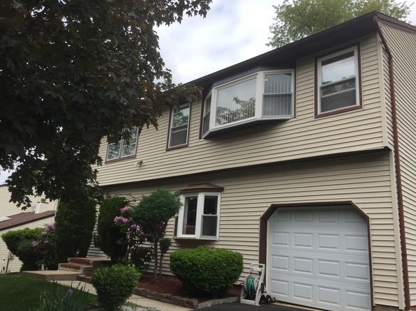4 bed 4 bath Single Family at 6 Netherwood Cir Edison, NJ, 08820 is for sale at 0 - 1 of 12