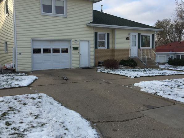 3 bed 2 bath Single Family at 908 N 14th St Bismarck, ND, 58501 is for sale at 210k - 1 of 20