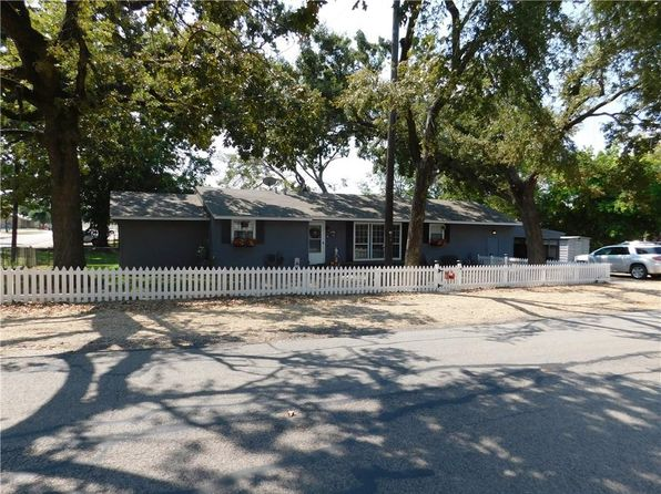 5 bed 2 bath Single Family at 206 E Oak St Edgewood, TX, 75117 is for sale at 115k - 1 of 17