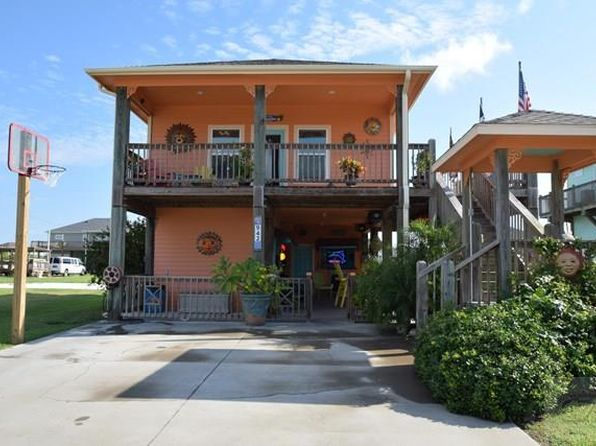 1 bed 1 bath Single Family at 942 Clara Ln Crystal Beach, TX, 77650 is for sale at 175k - 1 of 17