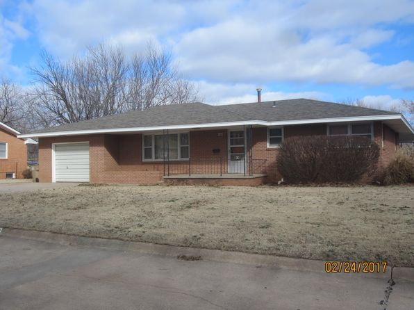 3 bed 2 bath Single Family at 1342 Walnut St Kingman, KS, 67068 is for sale at 95k - 1 of 15