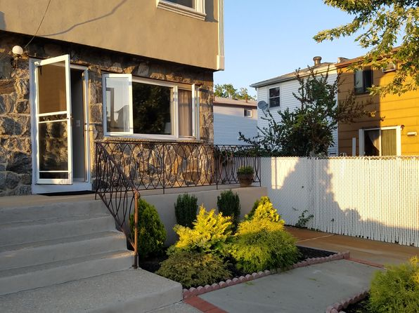 3 bed 3 bath Single Family at 29 Croft Pl Staten Island, NY, 10314 is for sale at 580k - 1 of 14